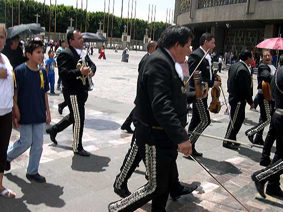 The floral display was followed by these racing mariachis.